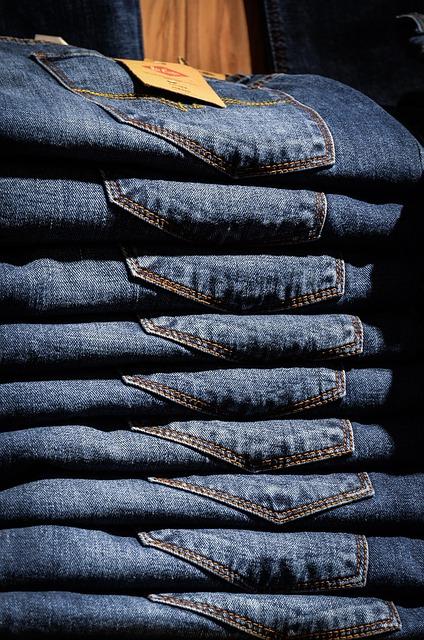 abbigliamento stock online