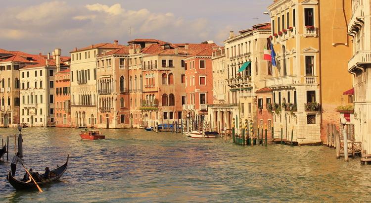 servizi di stampa e Distribuzione Volantini a Venezia